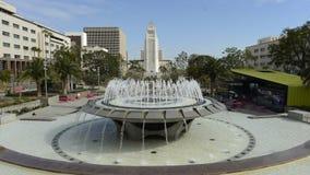 Lapso de tempo do dia da câmara municipal e da fonte de Los Angeles video estoque
