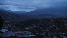 Lapso de tempo do por do sol em Medellin Colômbia, América Latina vídeos de arquivo