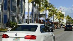 Lapso de tempo do tráfego na movimentação Miami Beach do oceano video estoque