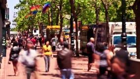 Lapso de tempo do tráfego pedestre da cidade vídeos de arquivo