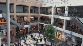 Lapso de tempo de muitos povos no shopping filme