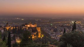 Lapso de tempo no La Alhambra na Espanha de Granada vídeos de arquivo