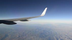 Lapso de tempo sutil do voo dos aviões vídeos de arquivo