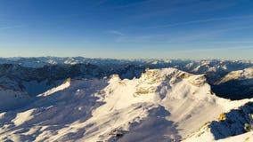Lapso de tiempo alpino del glaciar del invierno almacen de video