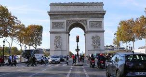 Lapso de tiempo de Arc de Triomphe París Francia almacen de metraje de vídeo