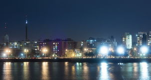 Lapso de tiempo con la toma panorámica de Rambla de Montevideo metrajes