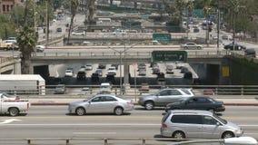 Lapso de tiempo de la autopista sin peaje céntrica ocupada - Los Ángeles almacen de video