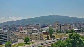 Lapso de tiempo de la ciudad de Skopje la capital de Macedonia metrajes