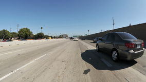Lapso de tiempo de la conducción en el día de Los Ángeles - parte 1 almacen de metraje de vídeo