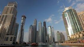 Lapso de tiempo del puerto deportivo de Dubai almacen de metraje de vídeo