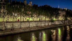 Lapso de tiempo del Quai del Sena en París Francia almacen de metraje de vídeo