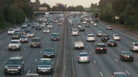 Lapso de tiempo del tráfico de la autopista sin peaje de Los Ángeles - clip 11 metrajes