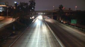 Lapso de tiempo del tráfico de la autopista sin peaje de Los Ángeles - clip 31 almacen de metraje de vídeo