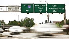 Lapso de tiempo del tráfico de la carretera 520 de Seattle metrajes