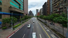 Lapso de tiempo del tráfico en el camino en Taipei, Taiwán almacen de video