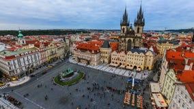Lapso de tiempo del tráfico peatonal de la ciudad Praga metrajes