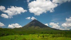 Lapso de tiempo del volcán de Arenal