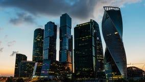 Lapso de tiempo escénico del centro de negocios internacional de Moscú, Rusia almacen de video