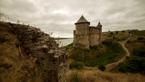 Lapso de tiempo fortaleza vieja antigua en Europa almacen de metraje de vídeo