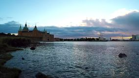 Lapso de tiempo histórico del castillo de Kalmar almacen de video
