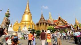 Lapso de tiempo magnífico de Bangkok Tailandia del templo de Wat Phra Kaew Buda