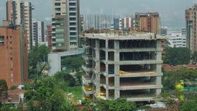 Lapso de tiempo de una construcción de edificios en contenido editorial de Medellin, Colombia metrajes