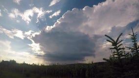 Lapso de tiempo de una tempestad de truenos aislada metrajes