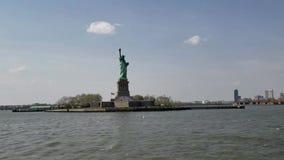 Lapso híper con la estatua de la libertad, New York City metrajes