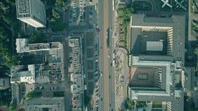 Lapso superior del tiempo muerto de la antena del tráfico importante de la calle de la ciudad almacen de metraje de vídeo