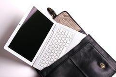 Laptop in aktentas. royalty-vrije stock afbeelding