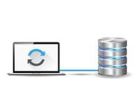 Laptop angeschlossen mit Internet-Server Lizenzfreie Stockfotografie