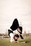 laptop biznesowa elastyczna kobieta fotografia royalty free