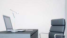 Laptop-Computer auf einem Schreibtisch in der Wiedergabe Büro/3D Lizenzfreie Stockfotos