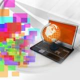 Laptop computer met Aardebol Stock Afbeelding