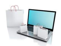 Laptop 3d und weiße Einkaufstaschen Hände mit Kreditkarte auf Computertastatur Lizenzfreie Stockbilder