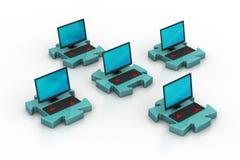Laptop in den Puzzlespielen Stockfotos