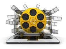 Laptop en gouden spoel Royalty-vrije Stock Afbeeldingen