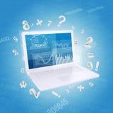 Laptop en grafieken Stock Foto's