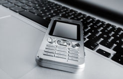 Laptop en Mobiele Telefoon Stock Foto's