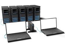 Laptop en weinig servers Stock Foto