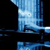 Laptop het financiënwerk stock afbeelding
