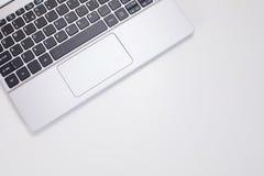 Laptop klawiatura i biel kopii przestrzeń zdjęcia stock