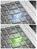 Laptop klawiatura z chmurą i Łączy guziki Fotografia Royalty Free