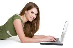 Laptop-Mädchen stockfoto