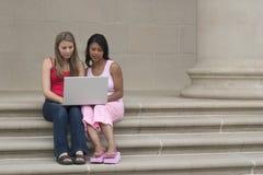 Laptop Meisjes stock foto