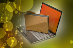 Laptop met dossieromslag Stock Foto's