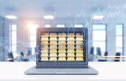 Laptop met gouden passementen, bureau, grafieken Royalty-vrije Stock Afbeeldingen