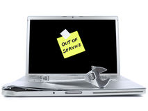 Laptop met kleverig nota en hulpmiddel Stock Fotografie