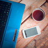 Laptop met Mobiele Telefoon Royalty-vrije Stock Afbeeldingen