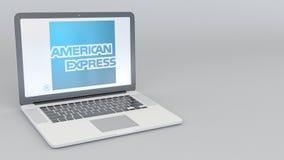 Laptop mit American Express-Logo Wiedergabe des Computertechnologiebegriffsleitartikels 3D Lizenzfreie Stockbilder